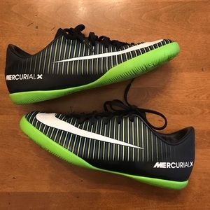 Nike Mercurial X Sneakers. Youth 4.5.